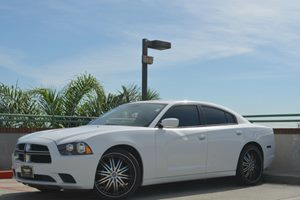 2011 Dodge Charger SE Carfax Report - No Accidents  Damage Reported to CARFAX  Bright White