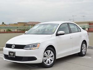 2014 Volkswagen Jetta Sedan SE Carfax 1-Owner  Candy White         17307 Per Month - On Appr
