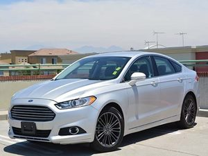 2013 Ford Fusion SE Carfax 1-Owner  Ingot Silver         16398 Per Month - On Approved Credi