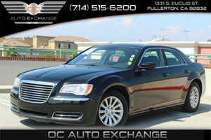 2012 Chrysler 300 Flex Fuel Carfax 1-Owner - No Accidents  Damage Reported to CARFAX Air Conditi