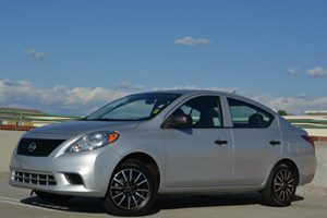2014 Nissan Versa S Carfax 1-Owner - No Accidents  Damage Reported to CARFAX Fuel Economy  27 M