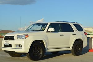 2013 Toyota 4Runner SR5 Carfax 1-Owner - No Accidents  Damage Reported to CARFAX Fuel Economy
