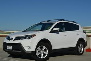 2014 Toyota RAV4 XLE Carfax 1-Owner Air Conditioning  AC Air Conditioning  Climate Control A