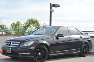 2013 MERCEDES C300 4MATIC Luxury Sedan Carfax 1-Owner - No Accidents  Damage Reported to CARFAX