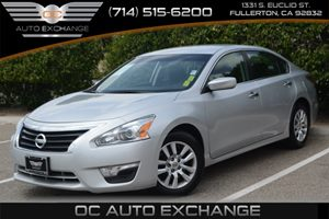 2014 Nissan Altima 25 S Carfax 1-Owner - No Accidents  Damage Reported to CARFAX Air Conditioni