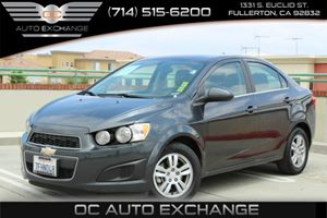 2014 Chevrolet Sonic LT Carfax 1-Owner - No Accidents  Damage Reported to CARFAX Air Conditionin