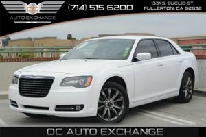 2014 Chrysler 300 300S Carfax 1-Owner Air Conditioning  Climate Control Air Conditioning  Mult