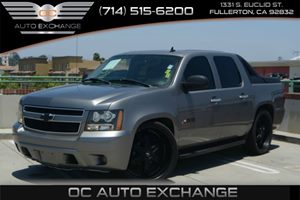 2007 Chevrolet Avalanche LS Carfax 1-Owner - No Accidents  Damage Reported to CARFAX Air Conditi