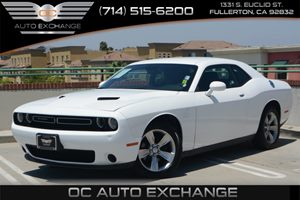 2015 Dodge Challenger SXT Carfax 1-Owner Air Conditioning  AC Air Conditioning  Multi-Zone A