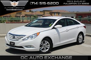 2013 Hyundai Sonata GLS Carfax 1-Owner  Shimmering White  We are not responsible for typograph