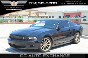 2012 Ford Mustang V6 Premium Carfax Report - No AccidentsDamage Reported  Black  We are not r