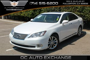 2010 Lexus ES 350  Carfax 1-Owner - No Accidents  Damage Reported to CARFAX  White