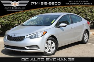 2014 Kia Forte LX Carfax 1-Owner - No AccidentsDamage Reported  White  We are not responsible