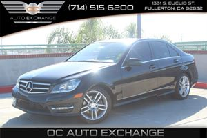 2014 MERCEDES C-Class Luxury Sedan Carfax Report - No AccidentsDamage Reported  Black  We are