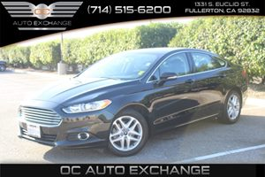 2014 Ford Fusion SE Carfax Report - No AccidentsDamage Reported  Tuxedo Black Metallic  We ar