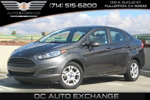 2016 Ford Fiesta SE Carfax 1-Owner  Gray          15893 Per Month - On Approved Credit