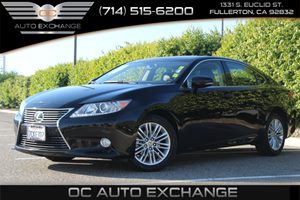 2013 Lexus ES 350 4dr Sdn Carfax 1-Owner - No AccidentsDamage Reported  Black  Gobble up extr
