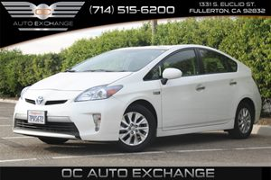 2015 Toyota Prius Plug-In  Carfax 1-Owner - No AccidentsDamage Reported  Super White