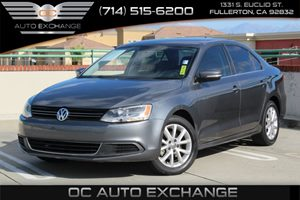 2013 Volkswagen Jetta Sedan SE wConvenience Carfax 1-Owner  Platinum Gray Metallic  We are no