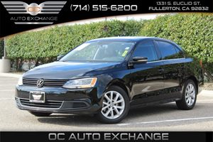 2013 Volkswagen Jetta Sedan SE wConvenienceSunroof Carfax 1-Owner - No AccidentsDamage Reported
