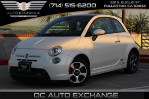 2014 FIAT 500e  Carfax 1-Owner - No AccidentsDamage Reported  Bianco Perla Pearl White Tri-Co