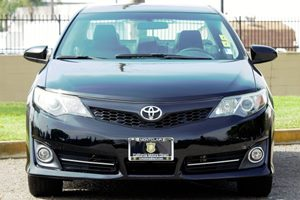 2014 Toyota Camry SE Carfax 1-Owner Audio  Auxiliary Audio Input Audio  Mp3 Player Convenienc