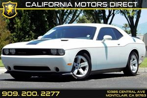 2014 Dodge Challenger SXT Carfax 1-Owner - No AccidentsDamage Reported 4-Way Passenger Seat -Inc