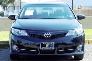 2014 Toyota Camry SE Carfax 1-Owner - No AccidentsDamage Reported Audio  Auxiliary Audio Input