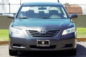2007 Toyota Camry SE Carfax 1-Owner - No AccidentsDamage Reported Audio  Auxiliary Audio Input