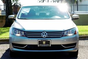 2014 Volkswagen Passat SE PZEV Carfax 1-Owner - No AccidentsDamage Reported Audio Auxiliary Aud