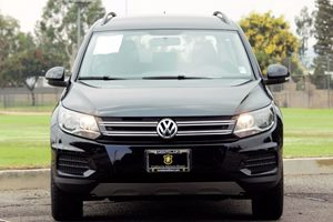 2015 Volkswagen Tiguan S Carfax 1-Owner  Deep Black Pearl 18996 Per Month - On Approved Cred