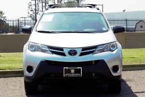 2015 Toyota RAV4 LE Carfax 1-Owner - No AccidentsDamage Reported  Classic Silver Metallic  We