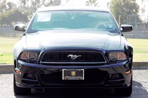 2014 Ford Mustang V6 Carfax 1-Owner - No AccidentsDamage Reported  Black  We are not responsi