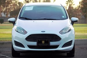 2015 Ford Fiesta SE Carfax 1-Owner - No AccidentsDamage Reported  Oxford White  We are not re