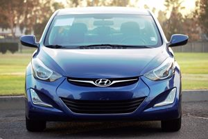2016 Hyundai Elantra SE Carfax 1-Owner  Lakeside Blue  We are not responsible for typographica