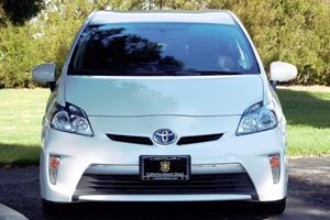 2014 Toyota Prius Plug-In Base Carfax 1-Owner - No AccidentsDamage Reported  Super White  We
