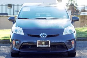 2015 Toyota Prius Two Carfax 1-Owner - No AccidentsDamage Reported  Winter Gray Metallic  We