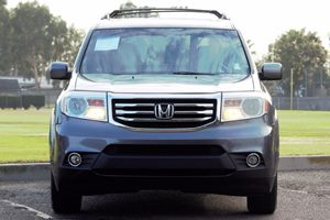 2015 Honda Pilot EX-L Carfax 1-Owner  Gray  We are not responsible for typographical errors A