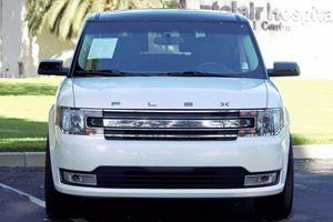 2014 Ford Flex SEL Carfax 1-Owner - No AccidentsDamage Reported  White  We are not responsibl