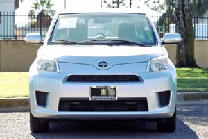2012 Scion xD Base Carfax 1-Owner - No AccidentsDamage Reported  Classic Silver Metallic  We