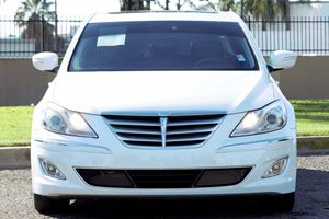 2014 Hyundai Genesis 38L Carfax 1-Owner  Casablanca White  We are not responsible for typogra