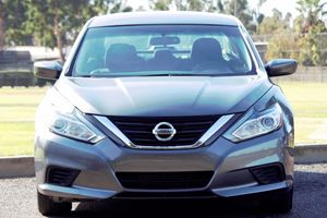 2016 Nissan Altima 25 S Carfax 1-Owner - No AccidentsDamage Reported  Gray  We are not respo