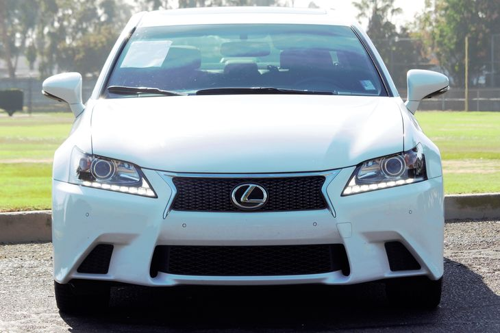 2014 Lexus GS 350 Base  Ultra White All advertised prices exclude government fees and taxes an