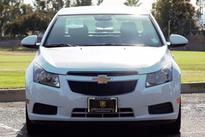 2014 Chevrolet Cruze 1LT Auto Carfax 1-Owner  Summit White  We are not responsible for typogra