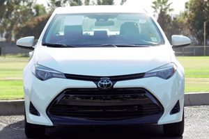 2017 Toyota Corolla LE Carfax 1-Owner - No AccidentsDamage Reported  Super White  We are not