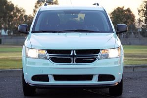 2016 Dodge Journey SE Carfax 1-Owner - No AccidentsDamage Reported  White  We are not respons