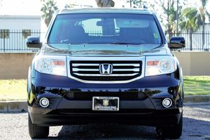 2014 Honda Pilot Touring Carfax 1-Owner - No AccidentsDamage Reported  Crystal Black Pearl  W