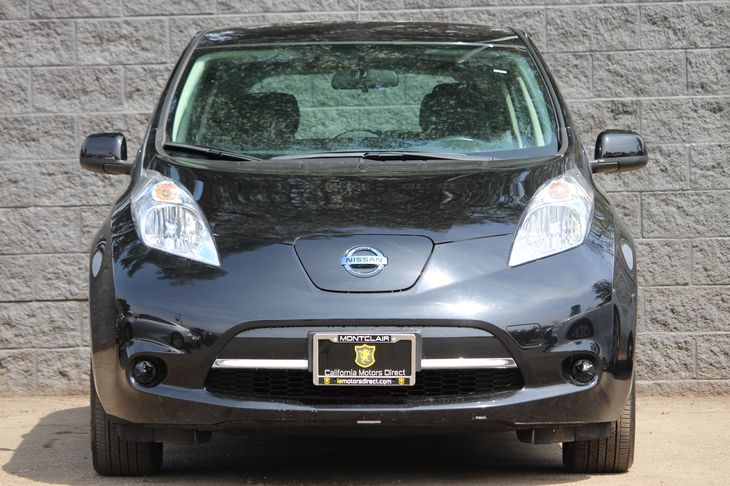 2015 Nissan LEAF S  Super Black All advertised prices exclude government fees and taxes any fi