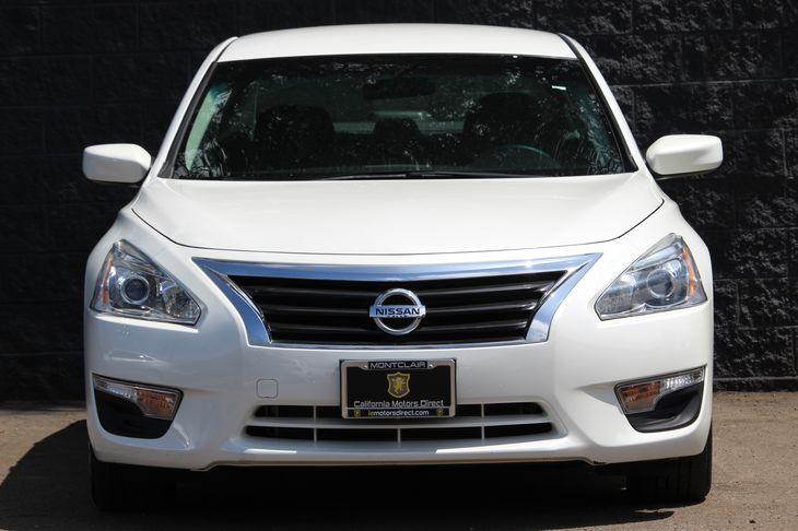 2015 Nissan Altima 25 S  White All advertised prices exclude government fees and taxes any fi