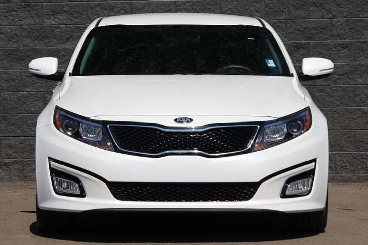 2015 Kia Optima LX  Snow White Pearl SAVE BIG WITH OUR SALES GOING ON     COME OUT AND SEE OU